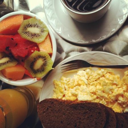 Hotel Julamis: el desayuno es como lo necesitas.