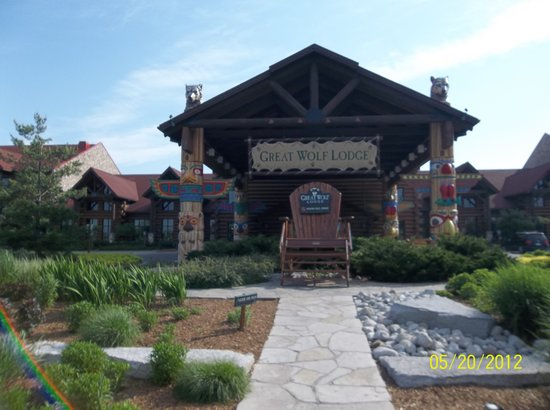 Great Wolf Lodge: The entrance