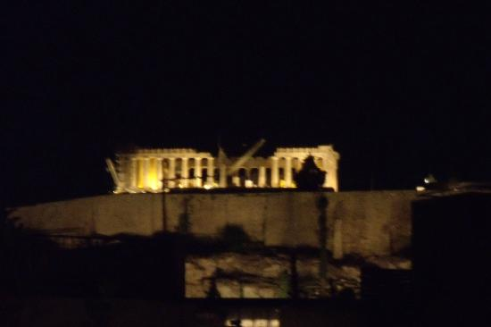 The Athenian Callirhoe Exclusive Hotel: View of the Acropolis from the Roof Garden Restaurant