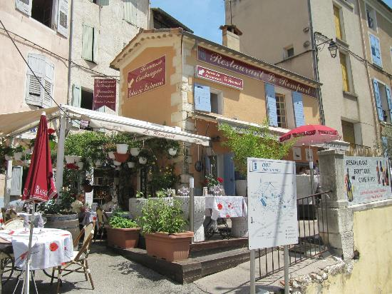 Riez, France: le rempart , restaurant