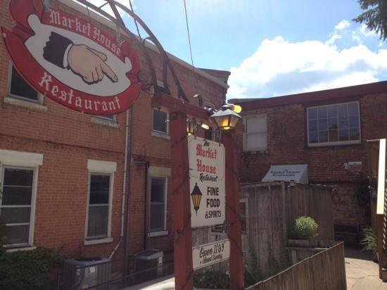 The Golden Hen Cafe: the Market House Restaurant