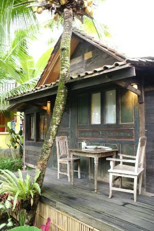 Desa Sanctuary, The Village : Rumah Kampung