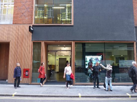 Photographers' Gallery: New frontage on Ramillies St