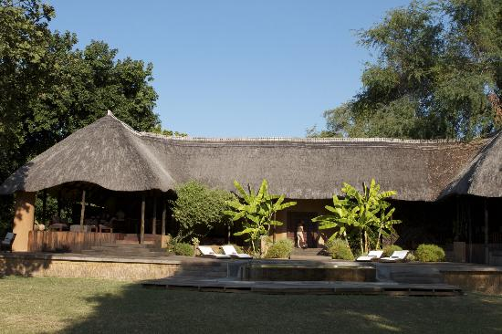 Luangwa River Camp: The Lodge