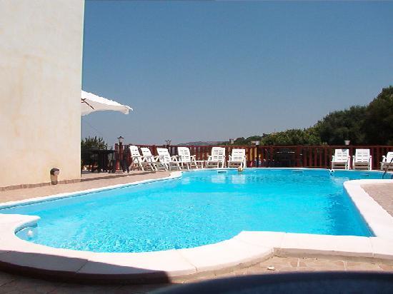 Ristorante Santa Maria: piscina