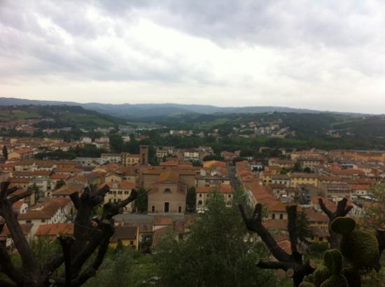 Albergo Il Castello: view from breakfast room