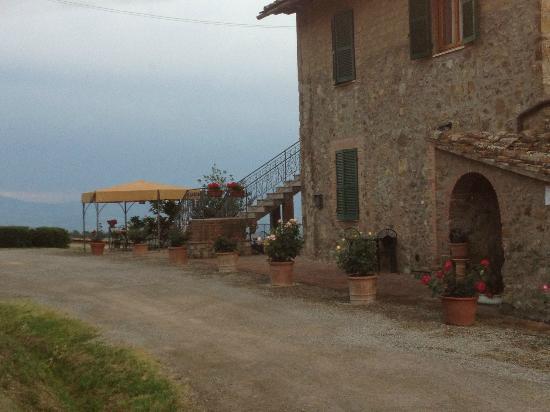 Casa Guaitoli: Parcheggio