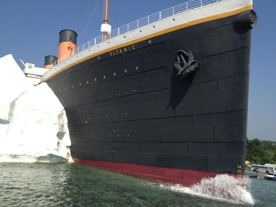 [Jeu] Association d'images - Page 6 Titanic