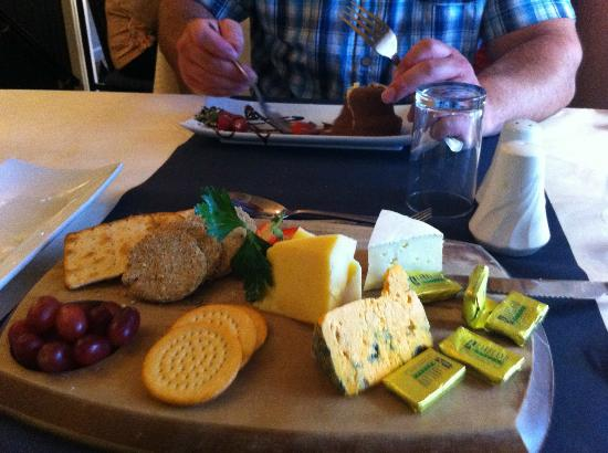 The 1629: cheese board
