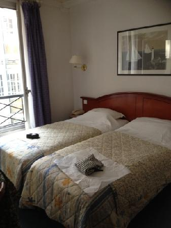 Hotel de Geneve: clean and comfy