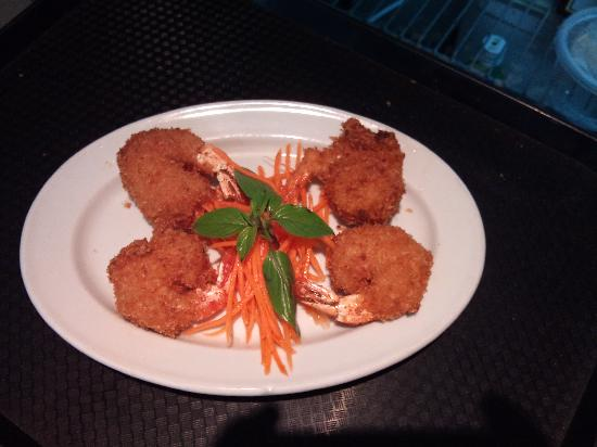 New Saigon Restaurant: Coconut crispy Prawns