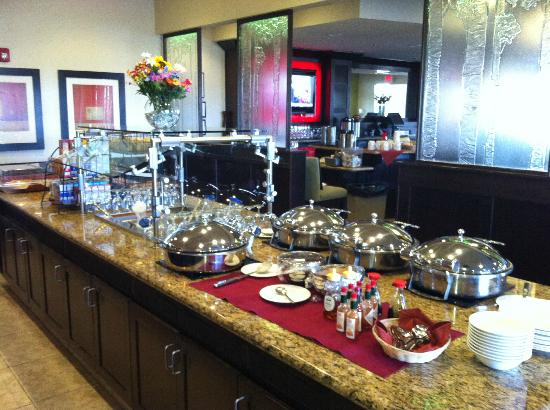 Crowne Plaza Anchorage-Midtown : Breakfast buffet in Juno