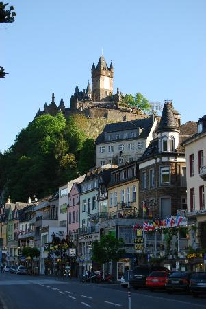 cochem castle, hotel noss just below. beautiful ! - picture of hotel
