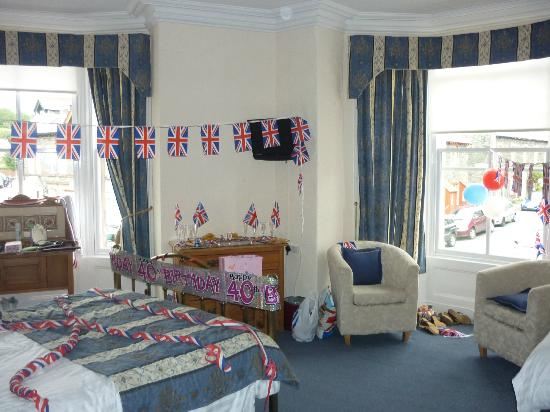 Portland House Bed and Breakfast: our room after our 'jubilee/birthday' makeover!