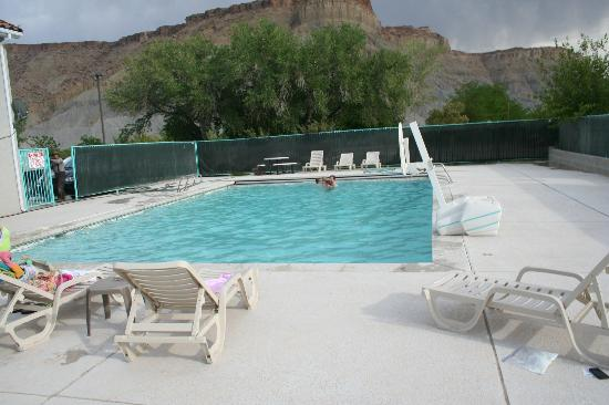 Rodeway Inn Capitol Reef: Grandkids loved the pool