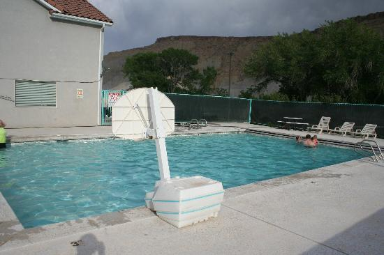 Rodeway Inn Capitol Reef : Another pool view