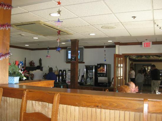 Lancaster Red Roof Inn: Breakfast Room