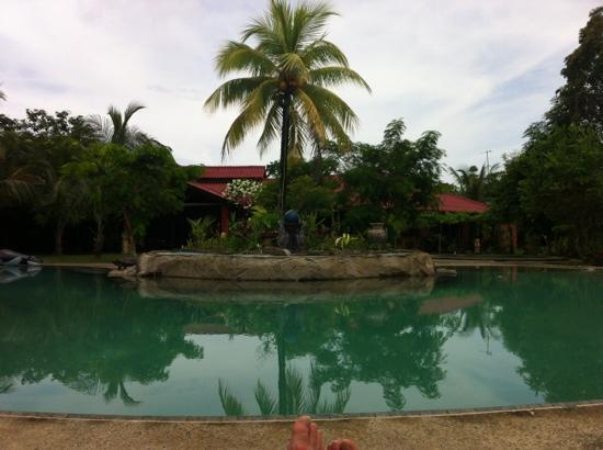 Popa Paradise Beach Resort Photo