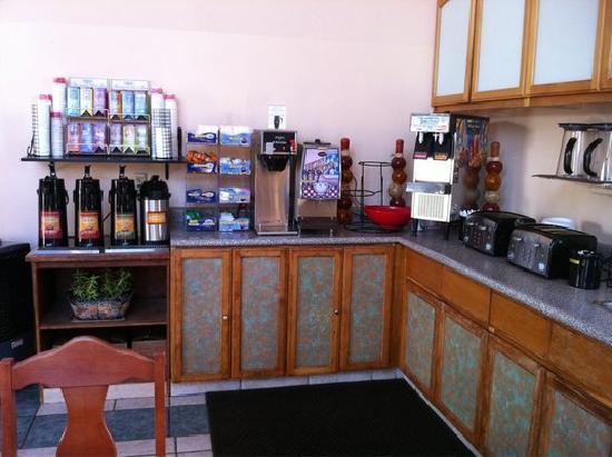 Travelodge Bishop: Breakfast Area