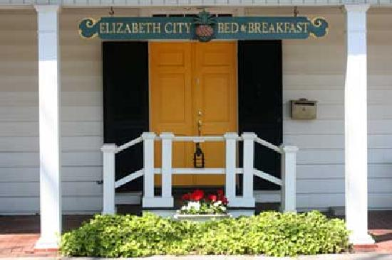 Elizabeth City Bed and Breakfast: Welcome to our home