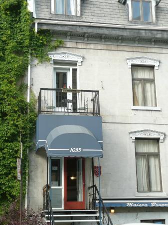 Maison Brunet: façade