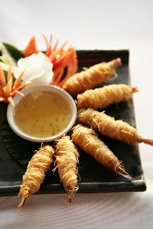 Baan Rim Pa Patong: Prawns wrapped in noodles