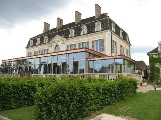 Château de Pommard : There is a restaurant on site
