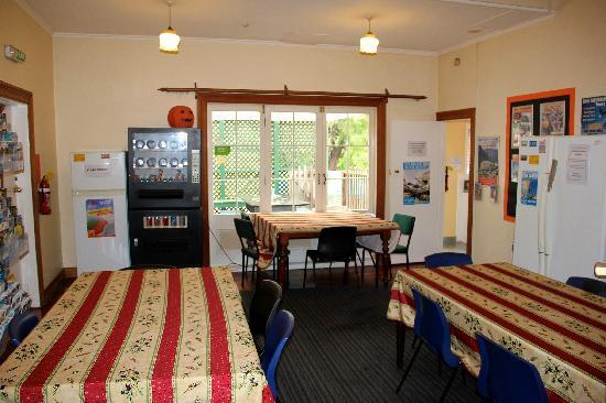 Bamber House Hostel: Dining Area