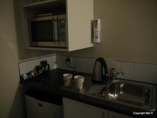 Teviot View Accommodation: Kitchenette