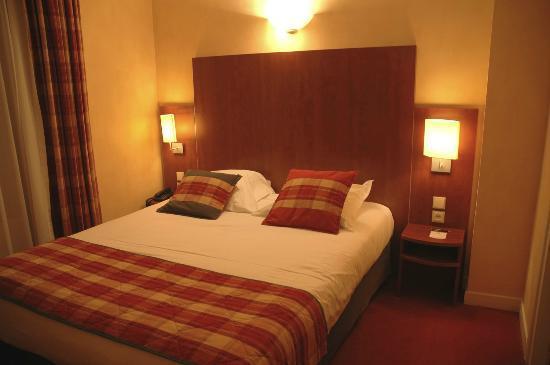 Best Western Plus Hotel Plaisance : La chambre, style classique