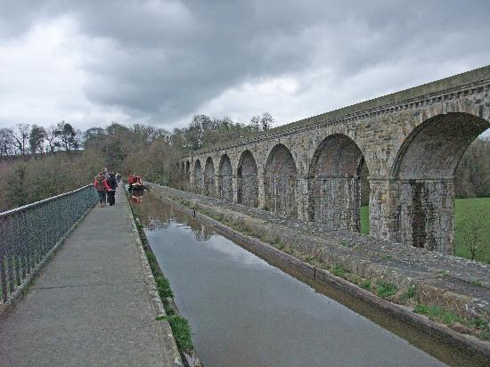 Llangollen Canal Chirk Aqueduct