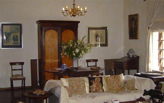De Kuilen Country House : The drawing room at de Kuilen
