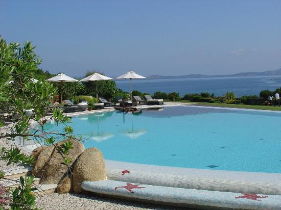 L'ea Bianca Luxury Resort: Pool area