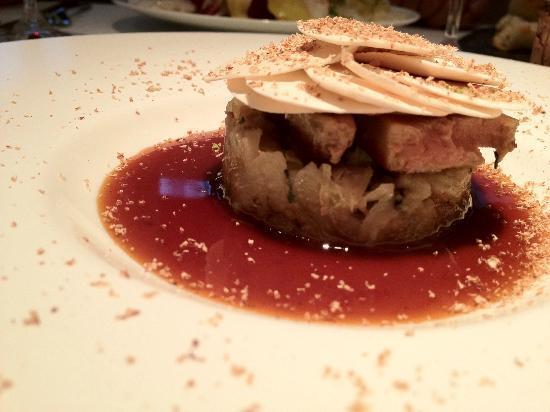 Tarte a l 39 oignon foie gras canard confit noix de - Noix de muscade cuisine ...