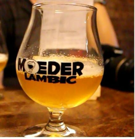 Groovy Brussels : IV Saison excellent beer