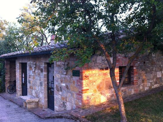 Sarna Residence: Kantoor en wasmachineruimte