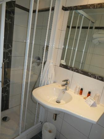 Hotel Michelet Odeon: bathroom
