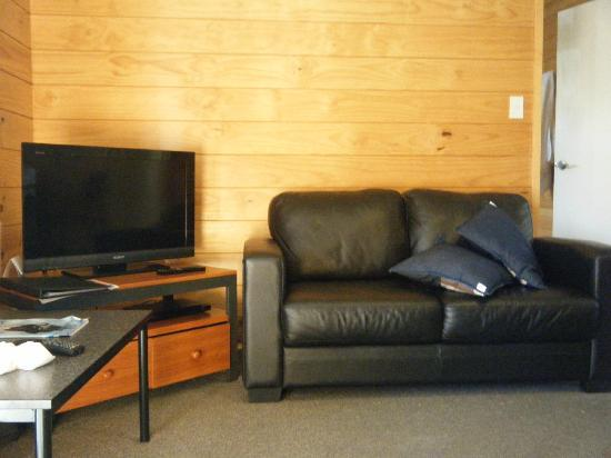 Hanmer Springs Top 10 Holiday Park: Living Room