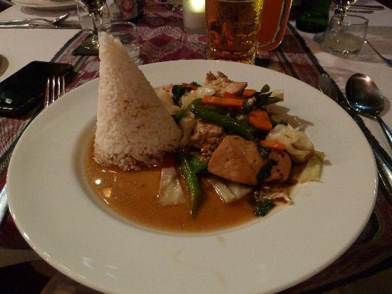 Lezat Beach Restaurant: Meal