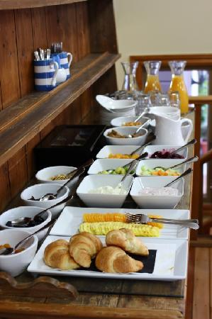 The Dairy Private Hotel: Breakfast starters (additional hot menu)