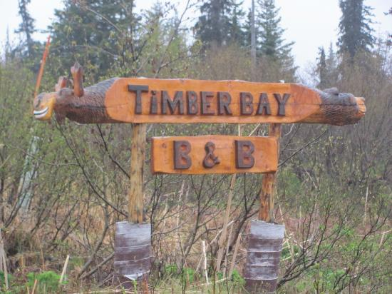 Timber Bay Bed and Breakfast : Sign
