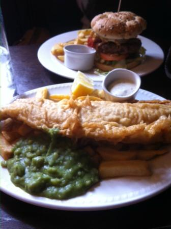 The Grenadier: fish & chips