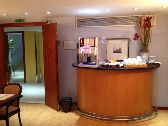 Hotel Acta Splendid: sala buffet colazione