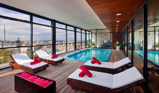 Four Points By Sheraton Montevideo: Swimming Pool