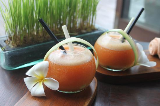 Hanging Gardens of Bali: Welcome drinks