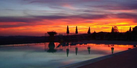 Park Hotel le Fonti: Un bellissimo tramonto immortalato da Jacqui e Philip Mills