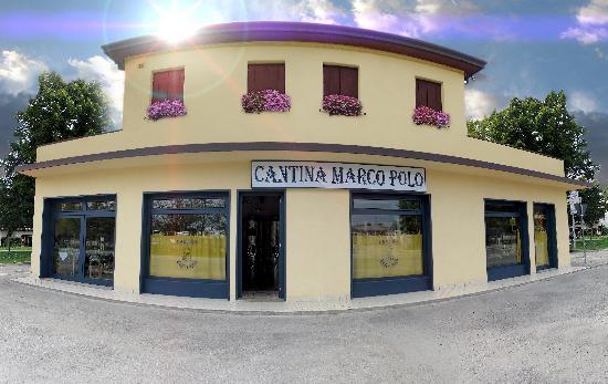 Tessera, Italien: Front view