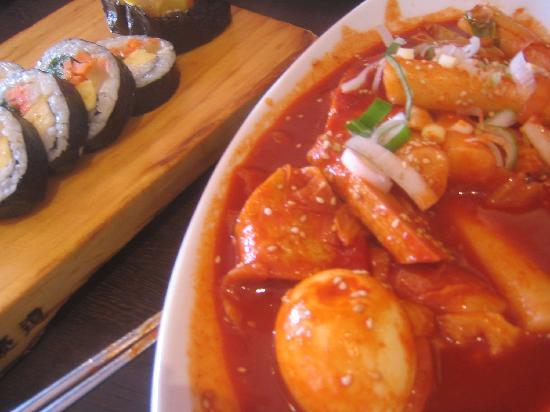 Σιντζούκου, Ιαπωνία: 明洞のり巻きのトッポギも美味!