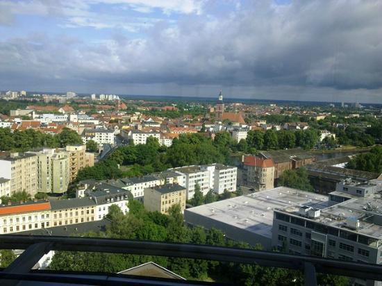 Novum Winters Hotel Spiegelturm: Blick auf Spandau aus dem Hotelrestaurant