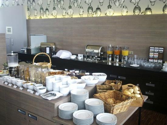 Novum Winters Hotel Spiegelturm: Frühstücksbuffet